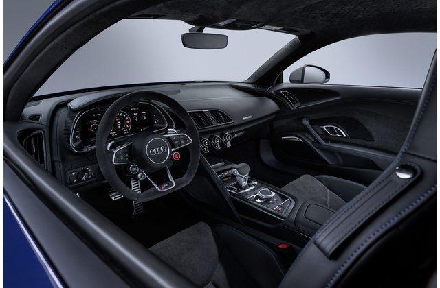 Thiết kế nội thất của Audi R8 2020.