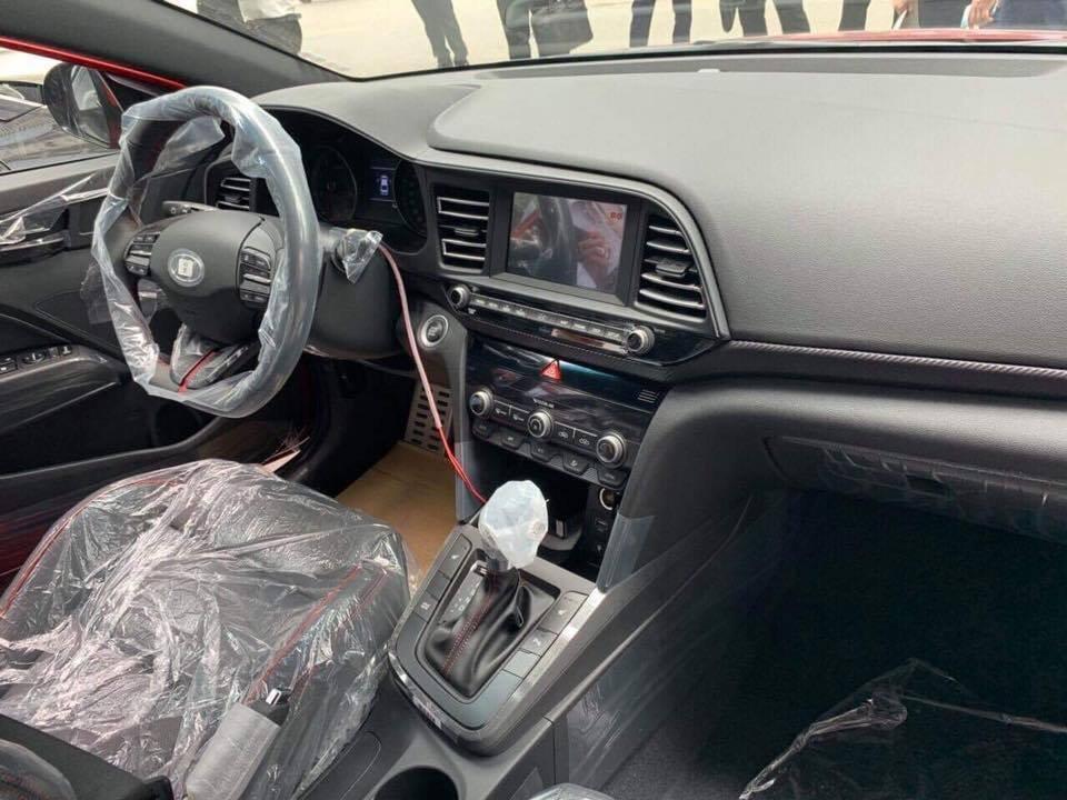 Xem trước loạt ảnh bộ đôi Hyundai Tucson và Elantra 2019 sắp ra mắt Việt Nam a11