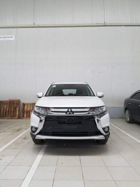 Cần bán Mitsubishi Outlander 2019, màu trắng, chất lượng toàn cầu với 100% linh kiện nhập khẩu từ Nhật Bản-0