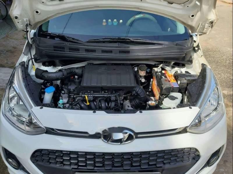 Cần bán xe Hyundai Grand i10 MT 1.2 đời 2017, màu trắng, Đk lần đầu cuối năm 2017-3