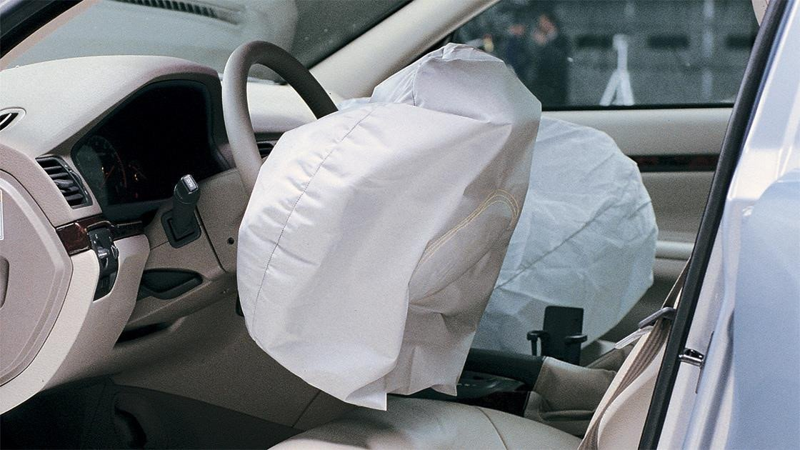 Khám phá những con số liên quan đến túi khí an toàn trên ô tô a5