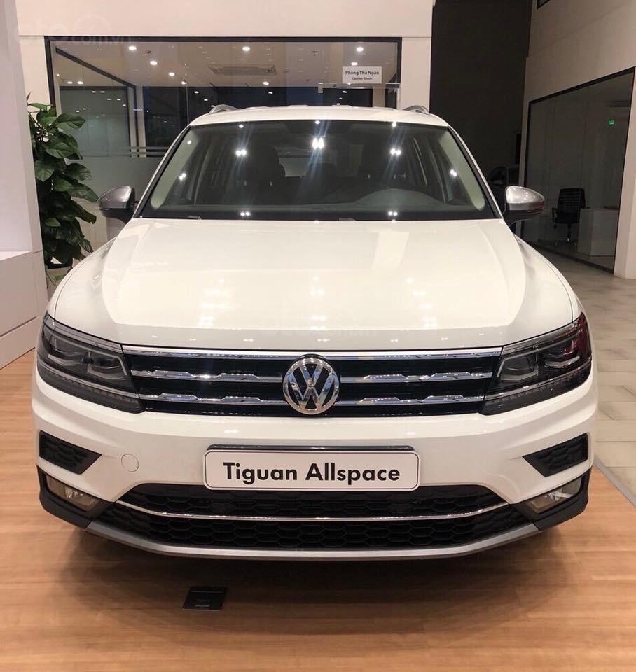 Bán Vokswagen Tiguan Allspace màu trắng, giá tốt giao ngay-0