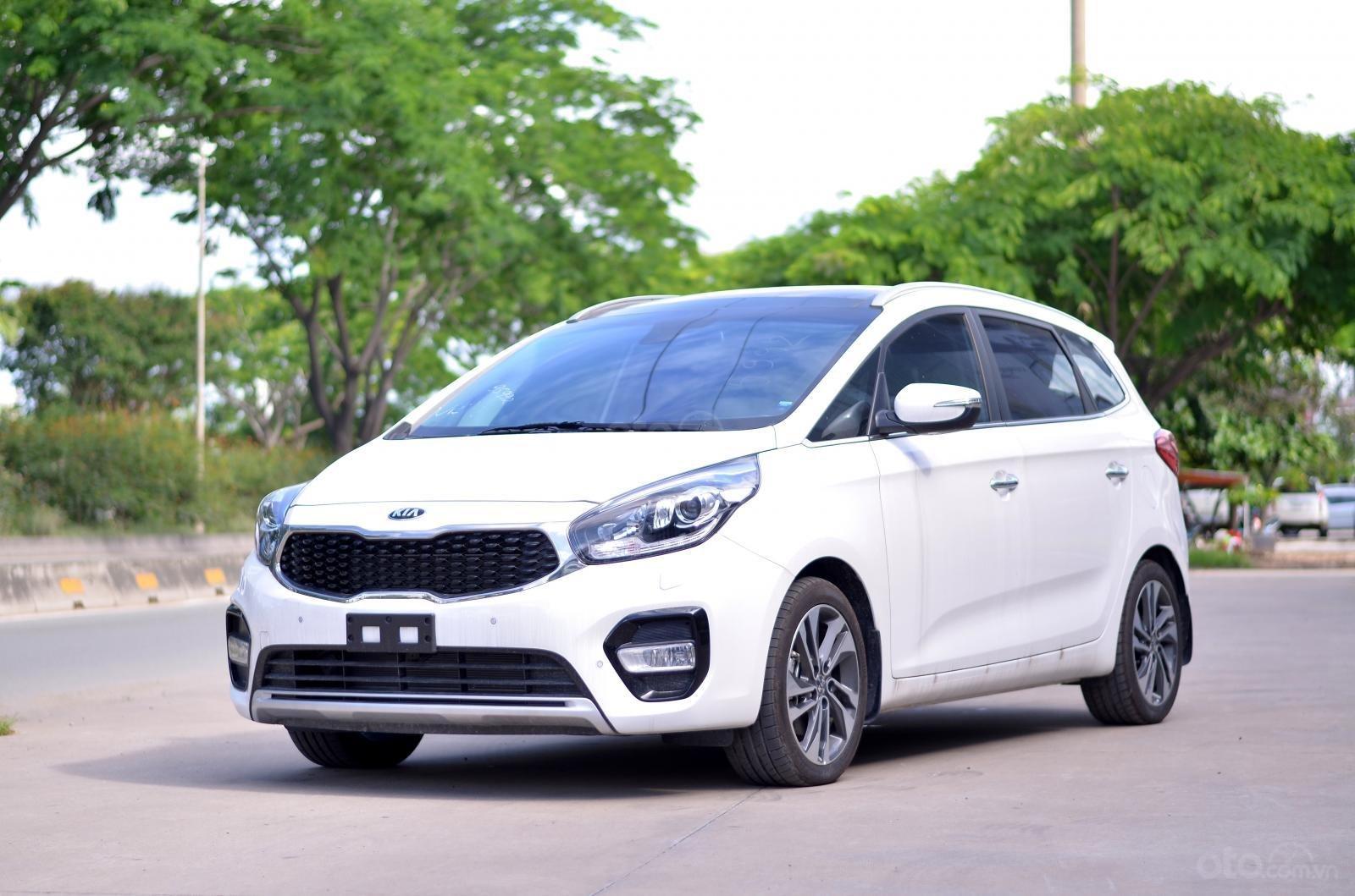 Bán Rondo 2019 - ưu đãi tốt nhất thị trường, gói bảo dưỡng xe, tặng bảo hiểm thân xe - ĐT: 0949820072-1