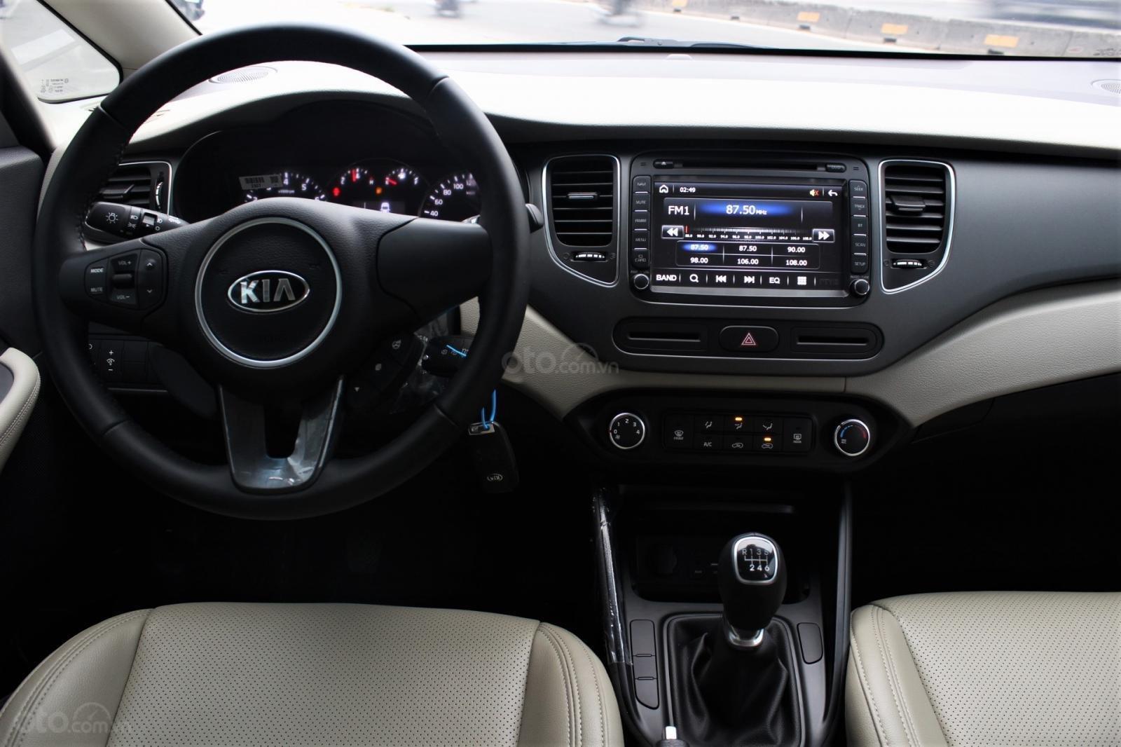 Bán Rondo 2019 - ưu đãi tốt nhất thị trường, gói bảo dưỡng xe, tặng bảo hiểm thân xe - ĐT: 0949820072-3