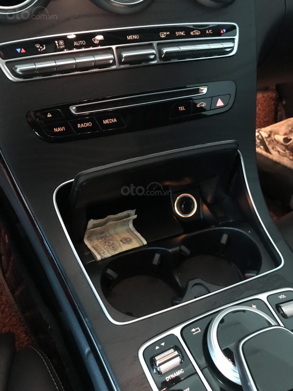 Bán Mercedes C200 model 2017, đã đi 15000km, xe chính chủ (7)