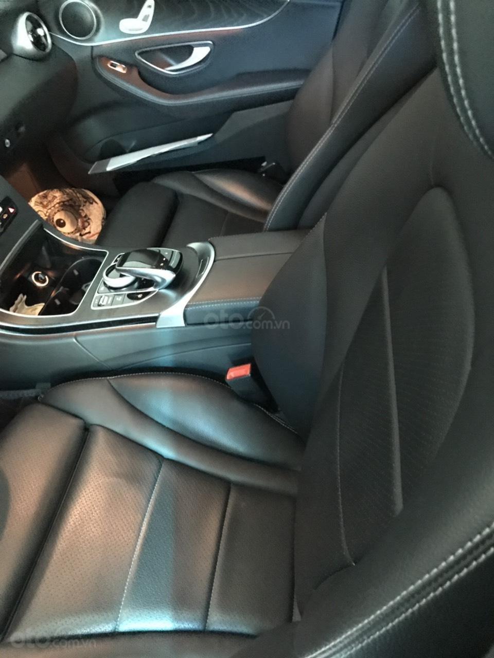 Bán Mercedes C200 model 2017, đã đi 15000km, xe chính chủ (8)