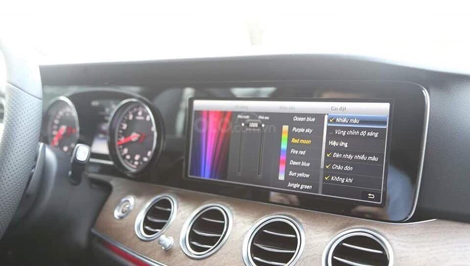 Giá xe ô tô Mercedes E200 2019: Thông số, giá lăn bánh, khuyến mãi (08/2019), ưu đãi tiền mặt và gói phụ kiện hãng-1