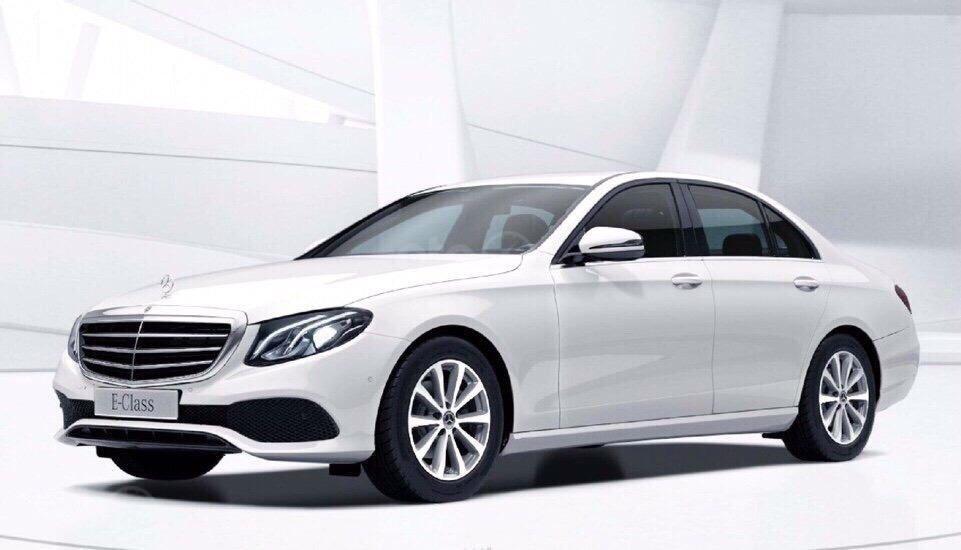 Giá xe ô tô Mercedes E200 2019: Thông số, giá lăn bánh, khuyến mãi (08/2019), ưu đãi tiền mặt và gói phụ kiện hãng-5