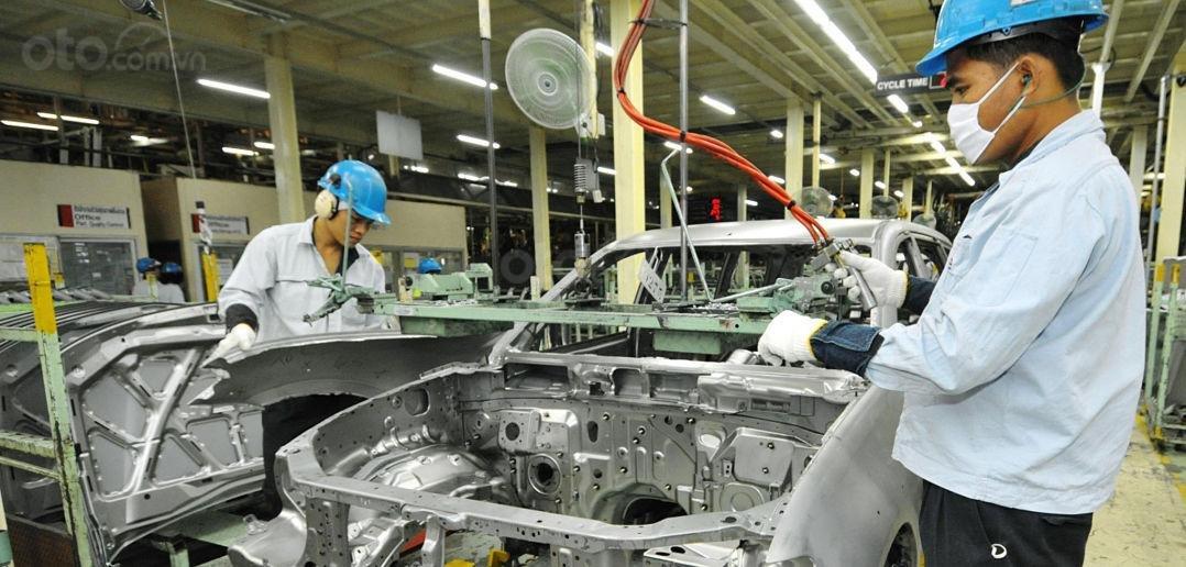 Nhà máy ô tô tại Thái Lan