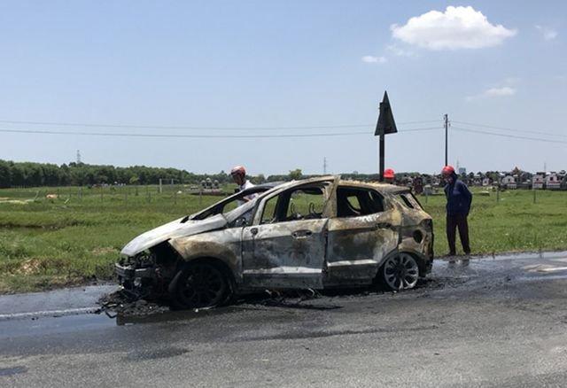 Ford EcoSport cháy tại Việt Nam