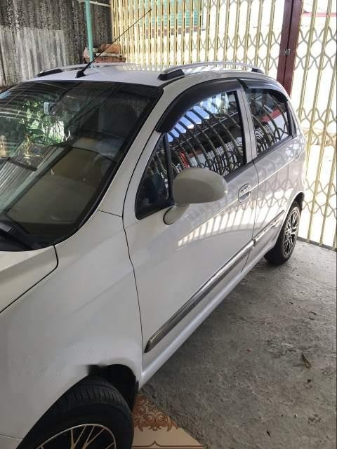 Gia đình bán Chevrolet Spark năm 2011, màu trắng, xe nhập  -2
