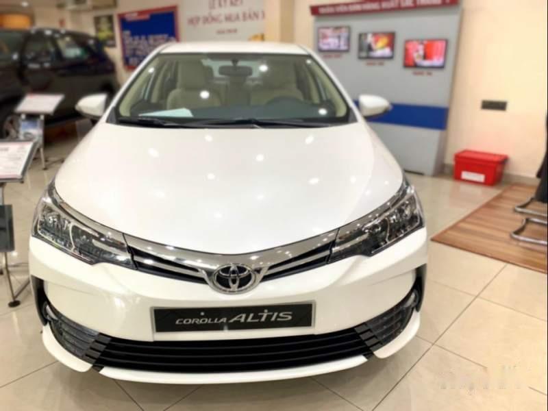 Bán xe Toyota Corolla altis năm sản xuất 2019, màu trắng-0