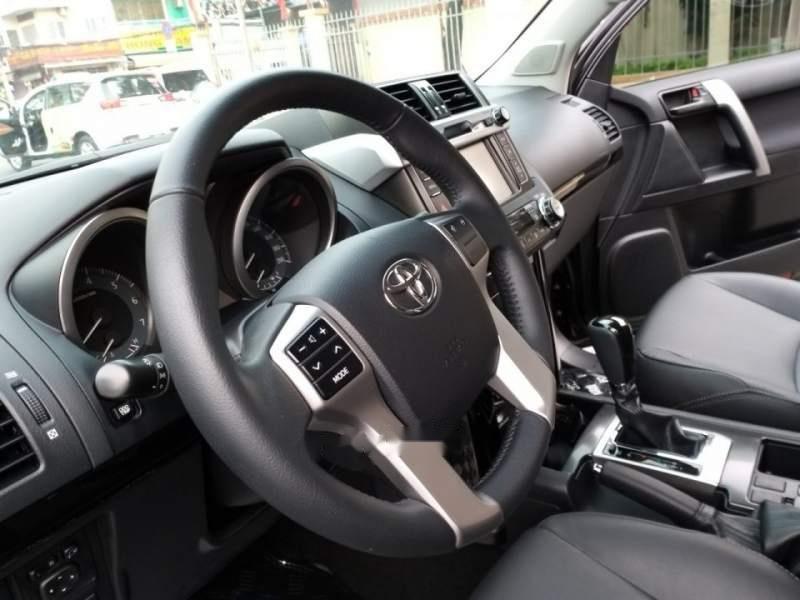 Bán Toyota Land Cruiser Prado  TXL 2017, màu đen, xe nhập-2