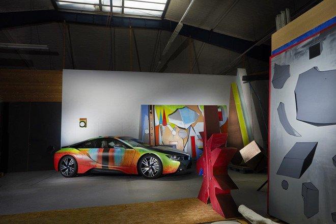 Đứng trước một kiệt tác nghệ thuật BMW i8 này, có ai không xiêu lòng? a4