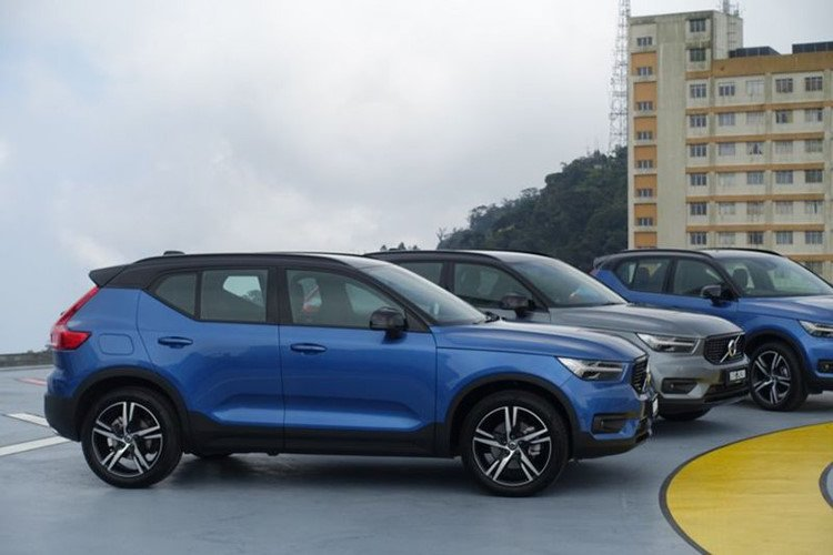 """Volvo XC40 2019 sắp đến Việt Nam có gì để """"đấu"""" Mercedes-Benz GLA? a18"""