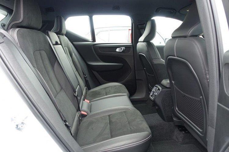 """Volvo XC40 2019 sắp đến Việt Nam có gì để """"đấu"""" Mercedes-Benz GLA? a13"""