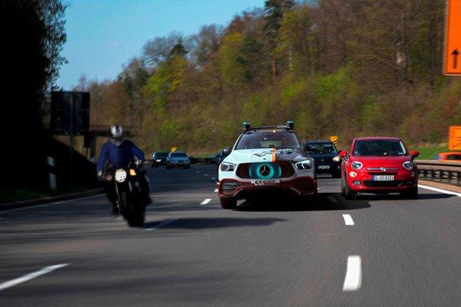 Mercedes GLE mới bổ sung loạt công nghệ an toàn mới a7