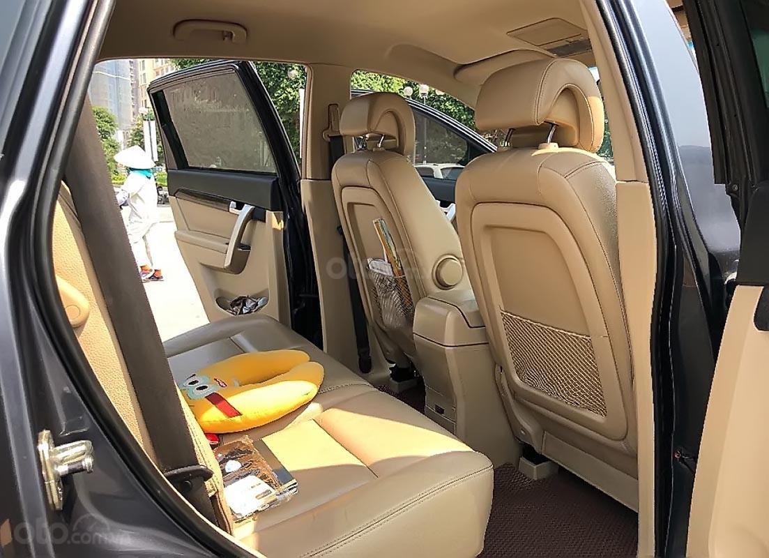 Gia đình bán lại xe Chevrolet Captiva LT 2.4 MT đời 2008, màu xám -1