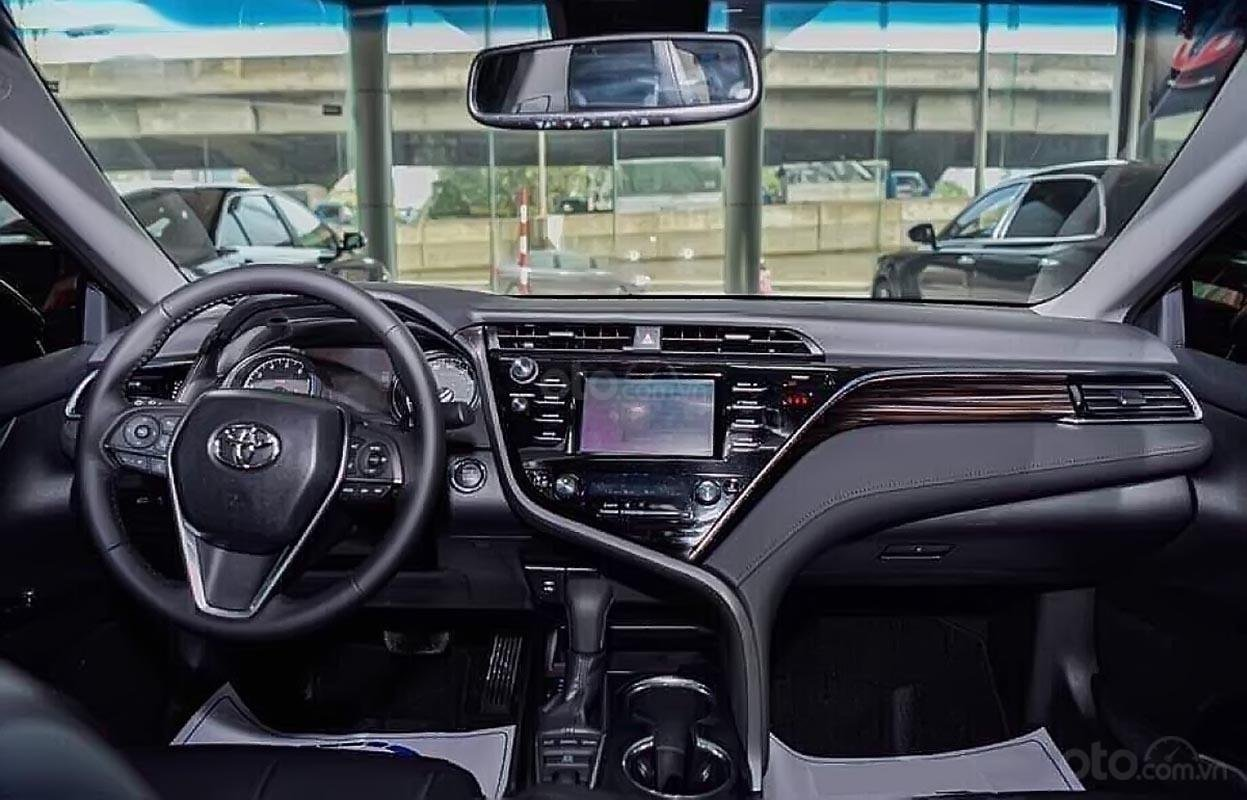 Bán Toyota Camry năm 2019, màu đen, nhập khẩu  -4