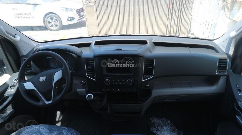 Xe khách Hyundai Solati 16 chỗ, đời 2019, khuyến mãi 60tr và nhiều quà tặng phụ kiện hấp dẫn. Hotline: 0907.239.198-5