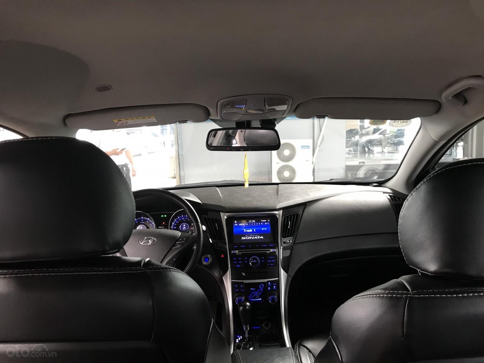 Bán Hyundai Sonata 2.0AT màu bạc, số tự động, nhập Hàn Quốc, biển Bình Dương, đi 88000km (7)