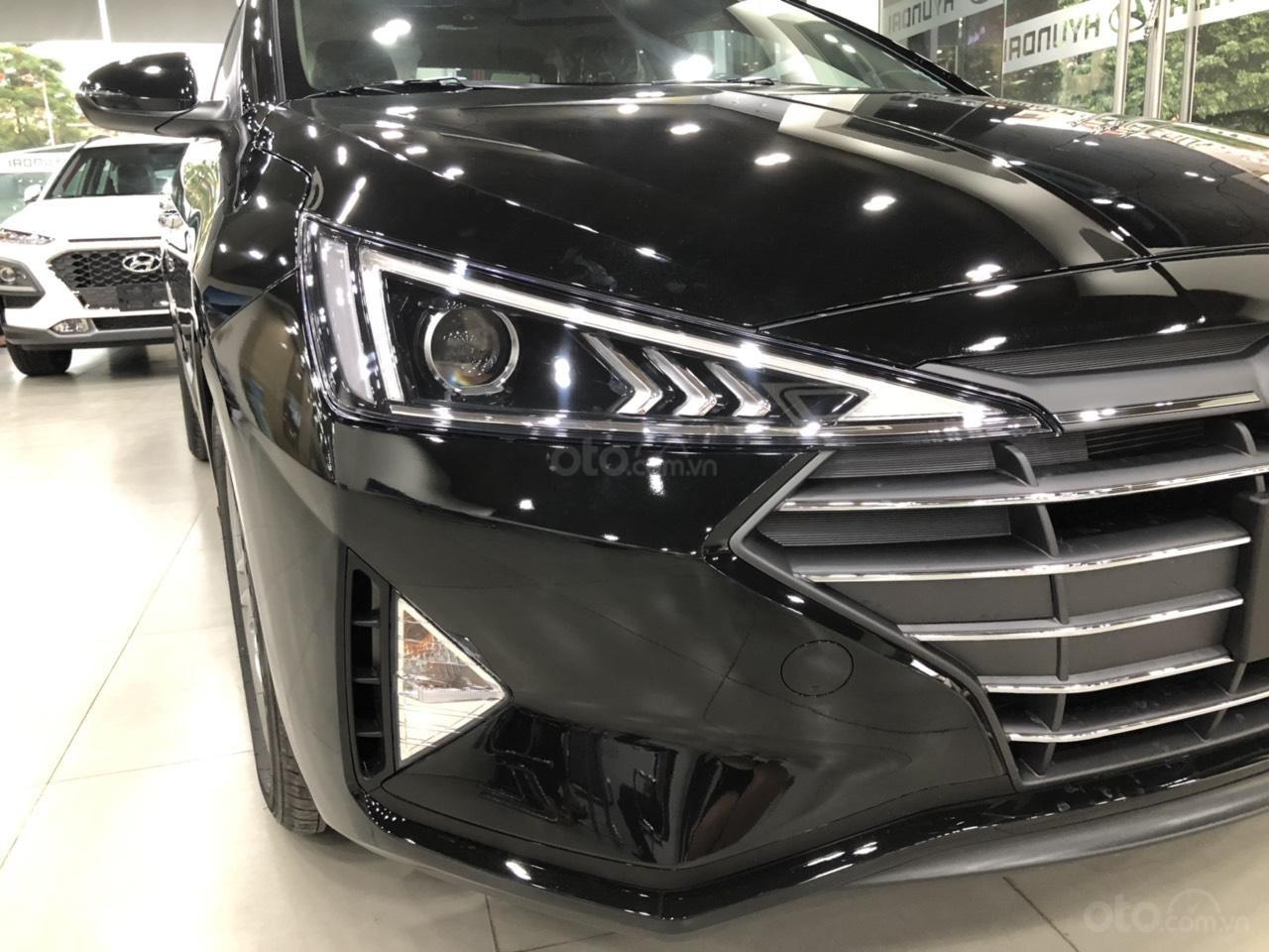 Hyundai Elantra 1.6 AT Facelift new 2019 - KM lên tới 20 triệu - giao ngay - Ms Lan 0919929923 (4)