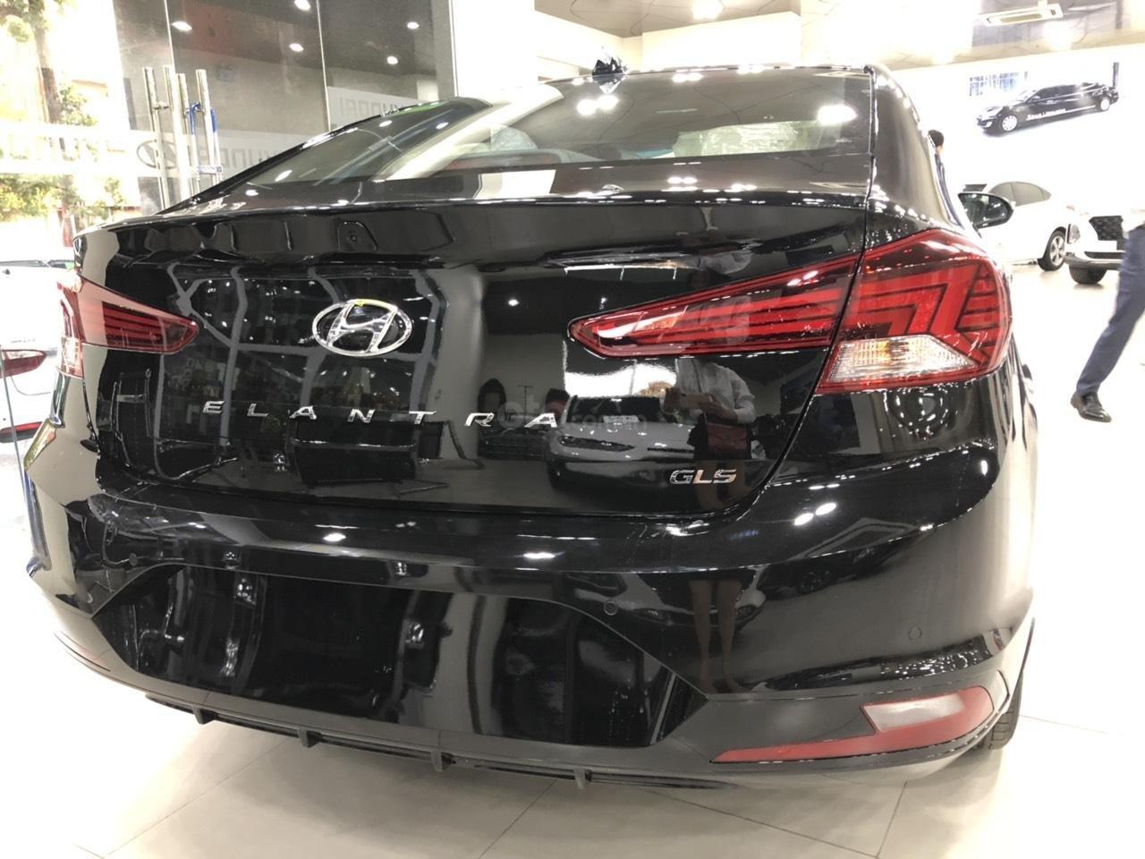 Hyundai Elantra 1.6 AT Facelift new 2019 - KM lên tới 20 triệu - giao ngay - Ms Lan 0919929923 (9)