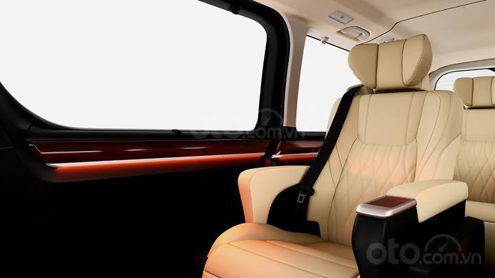 Toyota Hiace Granvia có nội thất sang trọng