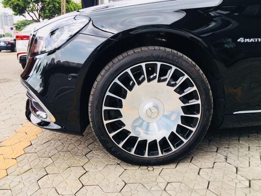 Đánh giá xe Mercedes-Maybach S560 2019: La-zăng 20 inh nổi bật 1