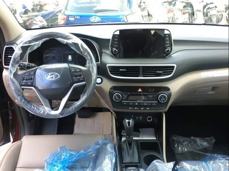 Bán xe Hyundai Tucson Facelift năm 2019, màu đen-3