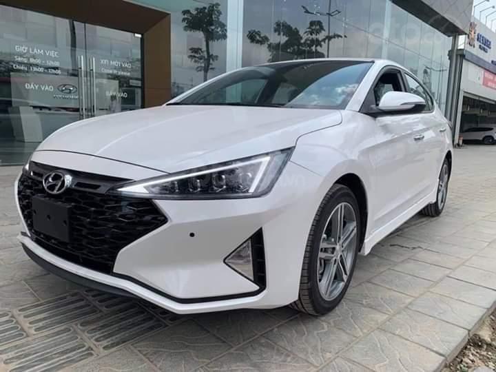 Bán Hyundai Elantra Facelift 2019 đủ các bản, giảm ngay 10tr tiền mặt, xe giao ngay liên hệ ☎ 0358406866-1