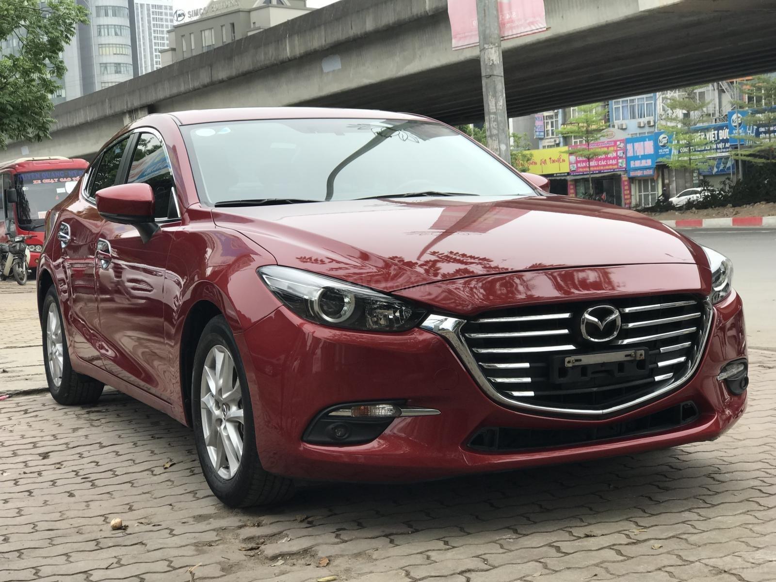Bán xe Mazda 3 1.5 Facelift đời 2017, màu đỏ-1