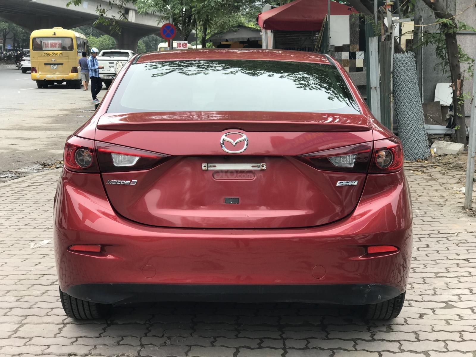 Bán xe Mazda 3 1.5 Facelift đời 2017, màu đỏ-3