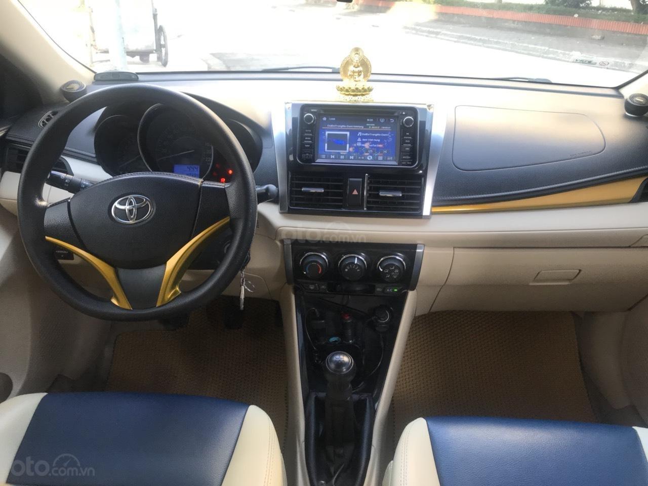 Cần bán xe Toyota Vios E đời 2016, màu vàng-5