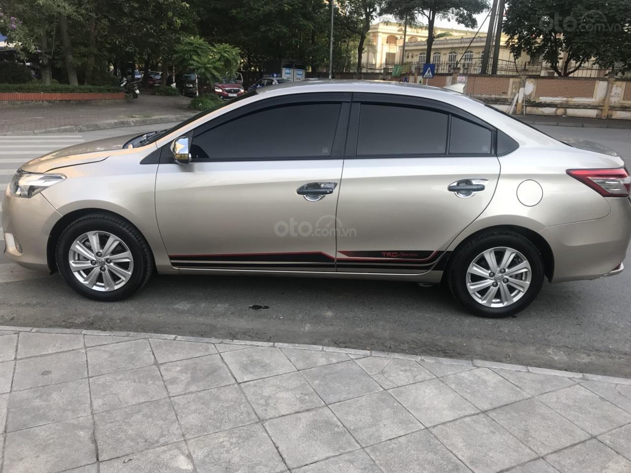 Cần bán xe Toyota Vios E đời 2016, màu vàng-6