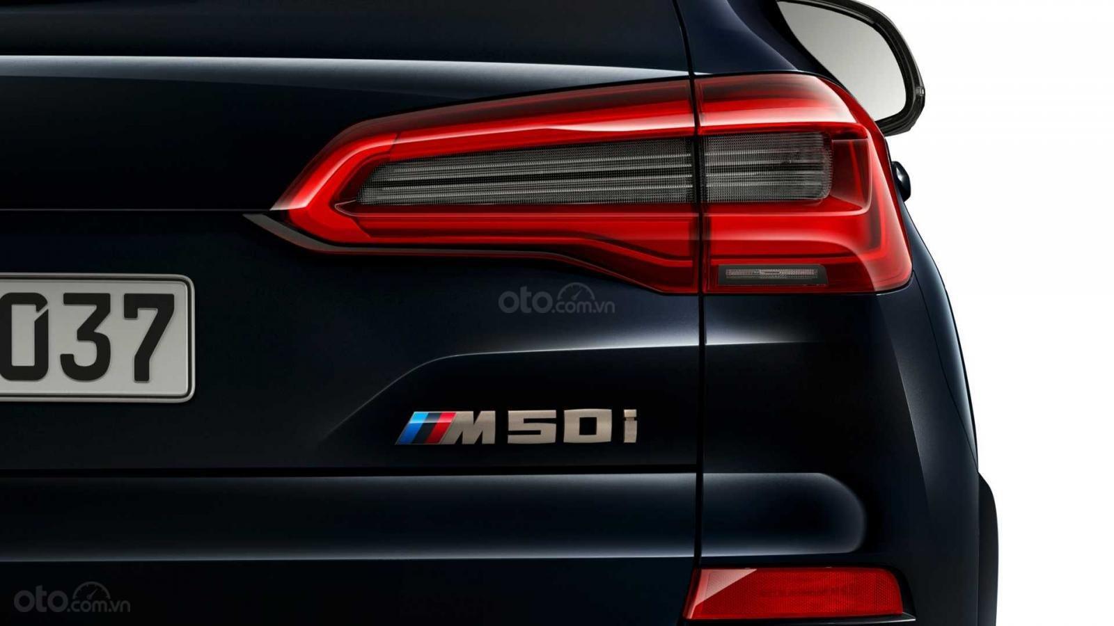 BMW X5 M50i và X7 M50i mạnh mẽ, uy lực