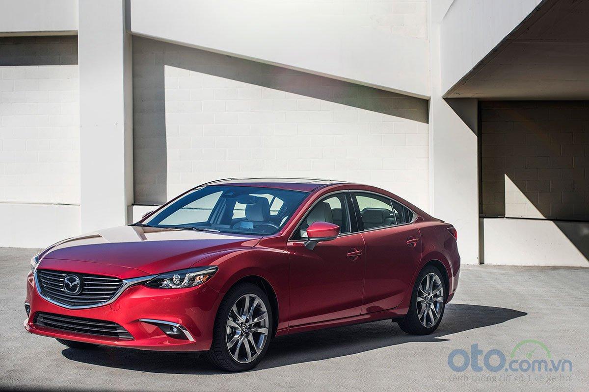 So sánh xe Mazda 6 Premium 2.5 2019 1.