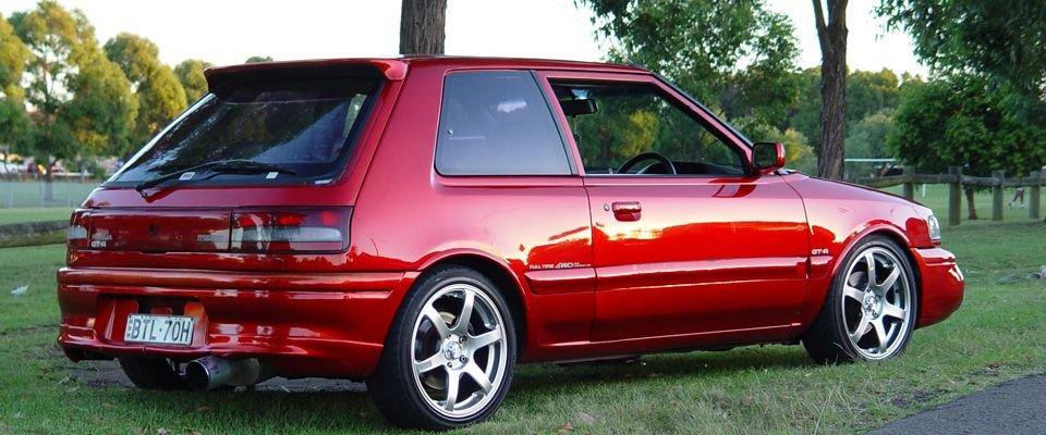 Đánh giá xe Mazda 323 cũ