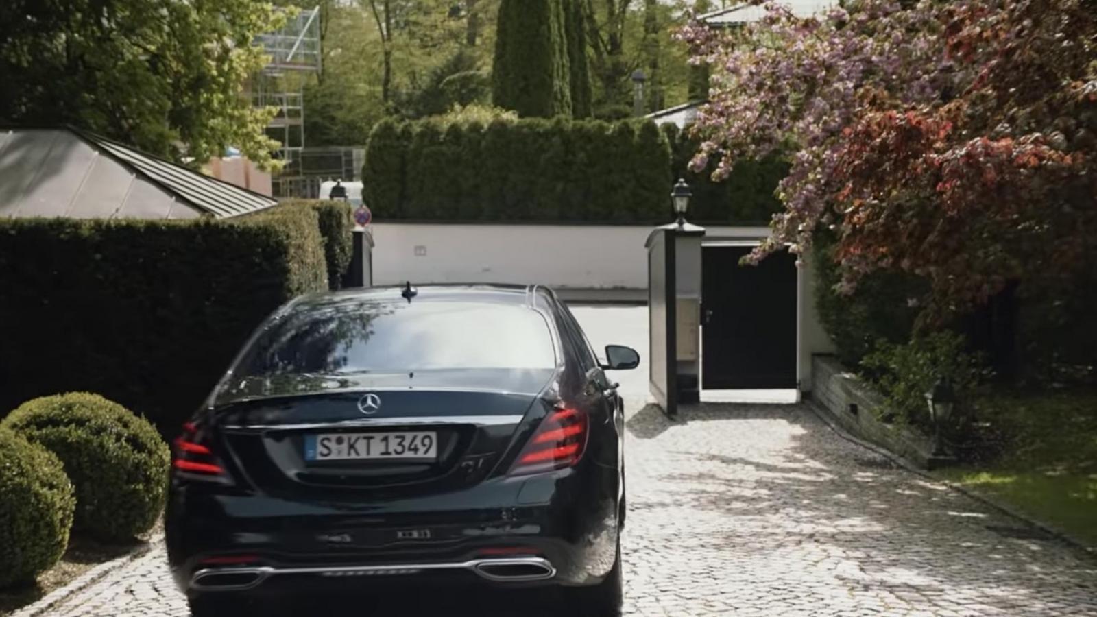 BMW tung video hài về ngày nghỉ hưu của cựu chủ tịch Mercedes-Benz a10