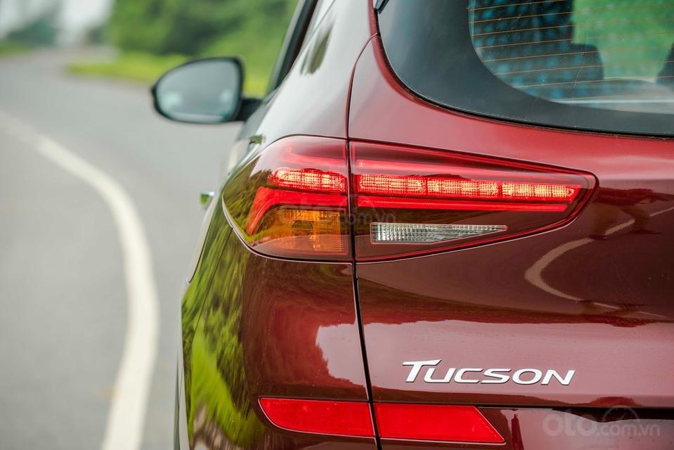 Bán Hyundai Tucson 2019 giao ngay, giá cực tốt, KM cực cao, trả góp 90%, liên hệ ngay 0901078111 để ép giá-2