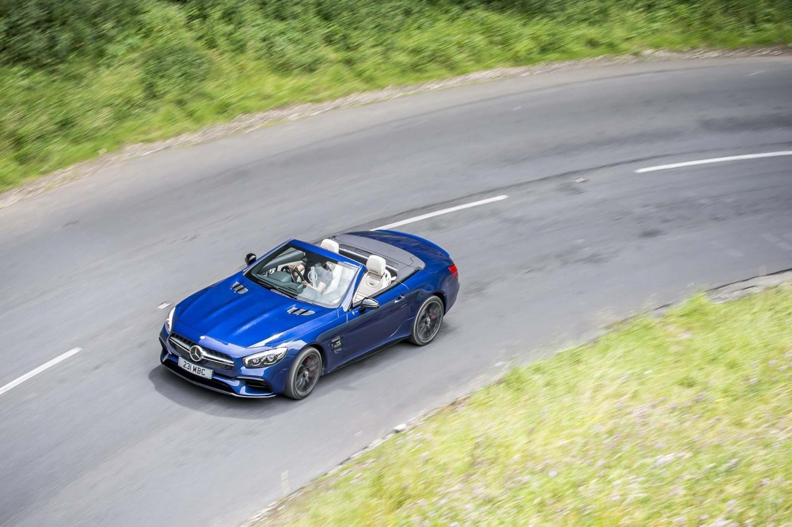 Mercedes-AMG sẽ ngừng sản xuất xe mui trần SL 63 4