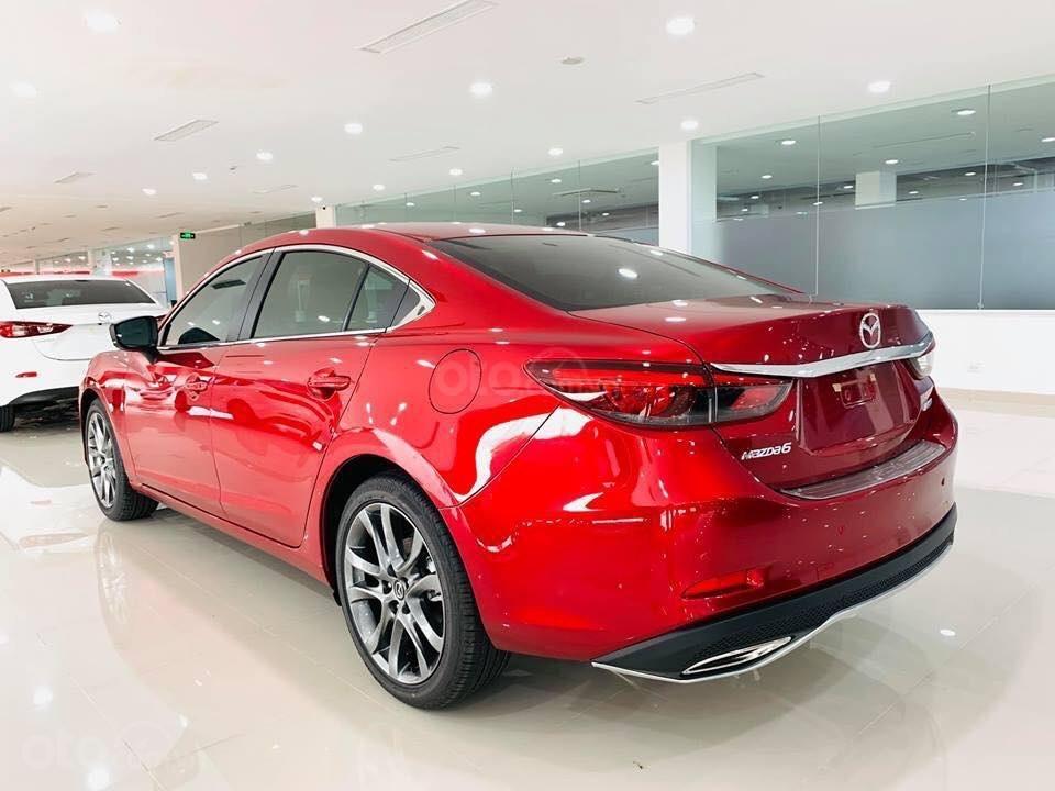 Bán Mazda 6 2.0 Facelift 2019, tặng gói khuyến mại bảo dưỡng đến cấp 50.000km - Trả góp 90% - Hotline: 0973560137 (5)