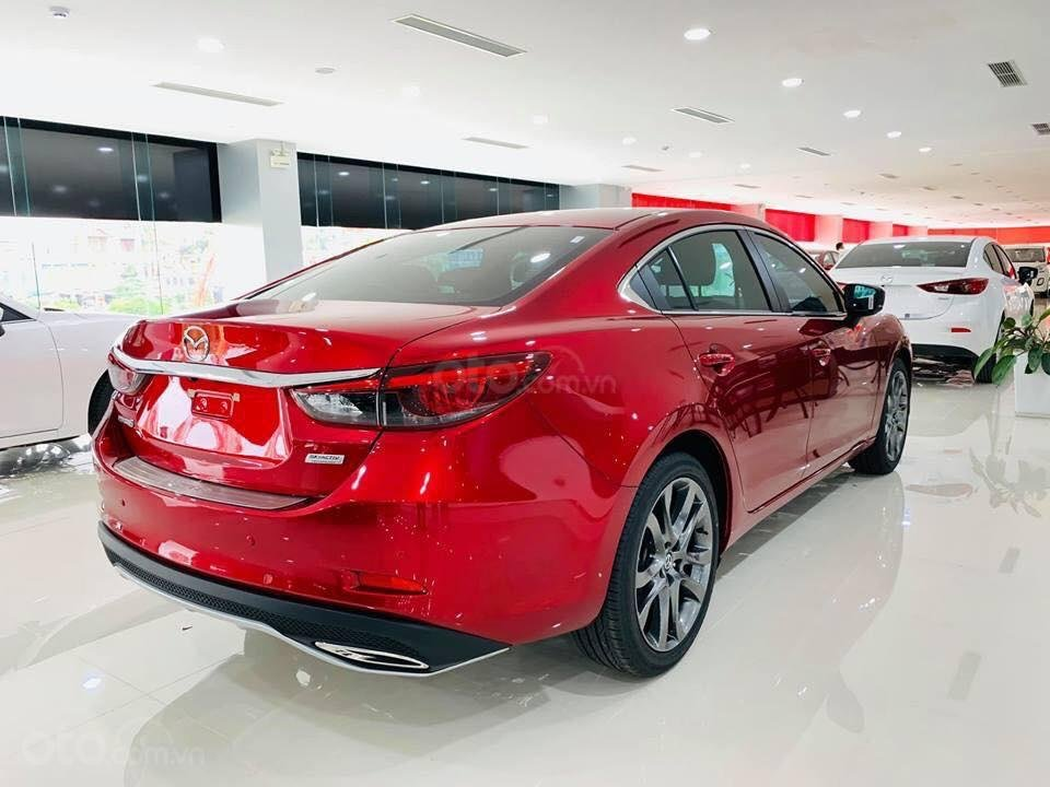 Bán Mazda 6 2.0 Facelift 2019, tặng gói khuyến mại bảo dưỡng đến cấp 50.000km - Trả góp 90% - Hotline: 0973560137 (4)