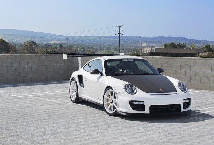 Giá xe Porsche 911 GT2 tại Việt Nam cao hơn Hồng Kông tới 4 tỷ đồng a10