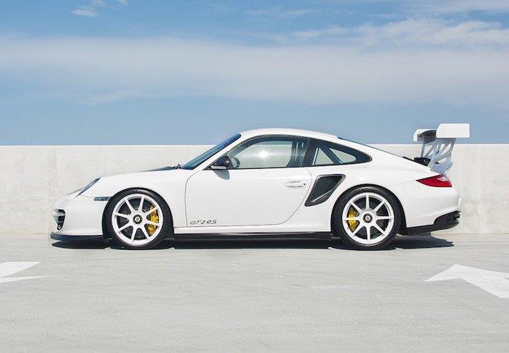 Giá xe Porsche 911 GT2 tại Việt Nam cao hơn Hồng Kông tới 4 tỷ đồng a2