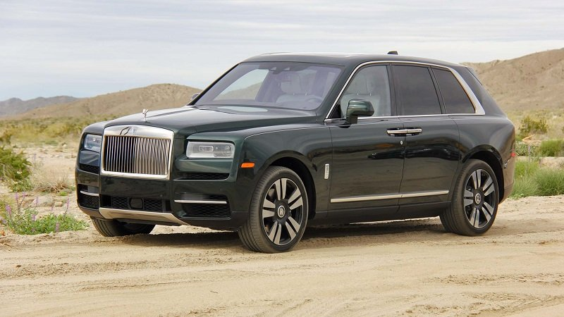 Thiết kế thân xe Rolls-Royce Cullinan 2019...
