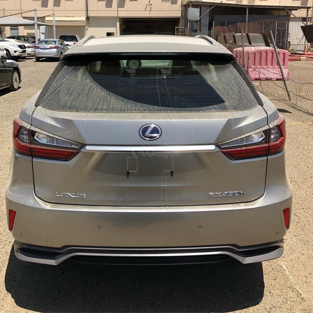Em Huân bán Lexus RX 450H sản xuất 2019, nhập khẩu nguyên chiếc-4