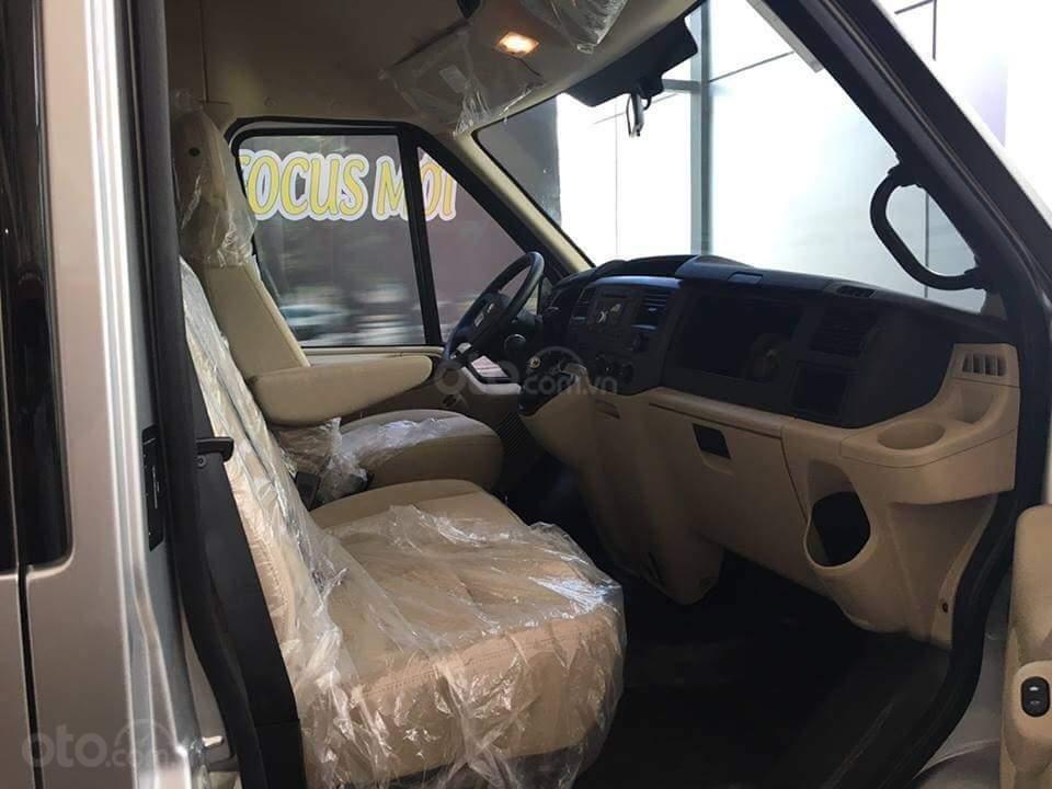 Bán xe Ford Transit SVP năm 2019, màu bạc, 735 triệu-8