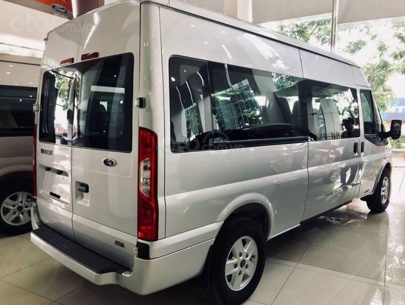 Bán xe Ford Transit SVP năm 2019, màu bạc, 735 triệu-1