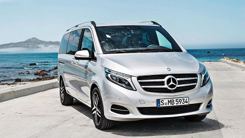 So sánh Mercedes V-Class 2019 và Peugeot Traveller 2019: Xe Đức vẫn có phần nhỉnh hơn xe Pháp.